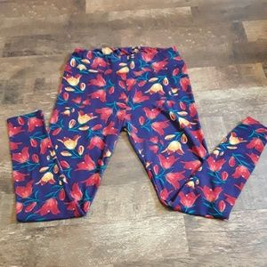 LuLaRoe women leggings size Tall and Curvy